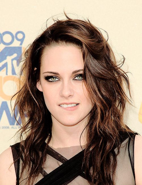 Kristen stewart reyna queen hylla beautiful green eyes kristen kristen stewart reyna queen hylla beautiful green eyes voltagebd Image collections