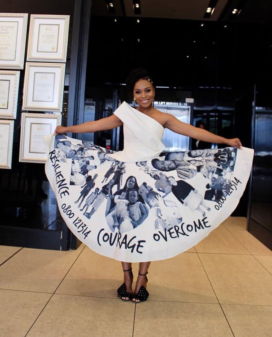Beautiful South African Actress Nomzamo Mbatha On Her Graduation Day University Of Cape Town 3 Ap African Actresses African Fashion Dresses African Clothing