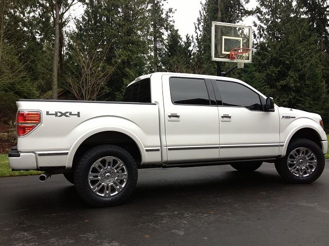 Ford F  Limited Leveling Kit Before And After New Shoes And Level Kit Pics Ford F Forum