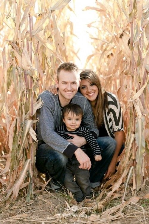 Family Portrait Ideas With One Child