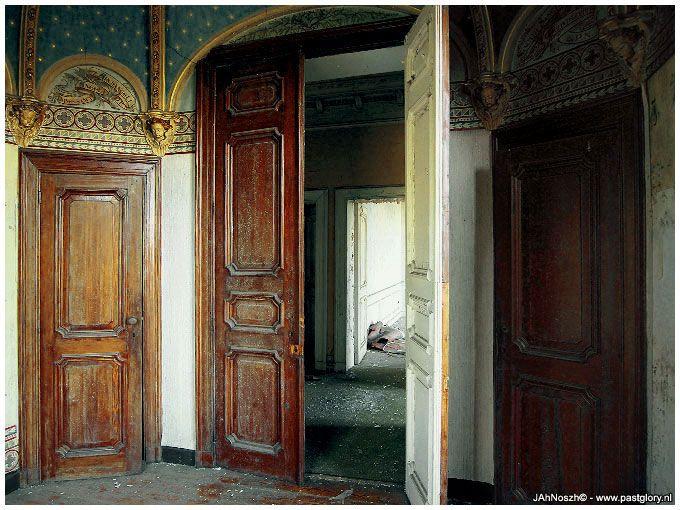 Chateau Rochendaal [urban exploration]