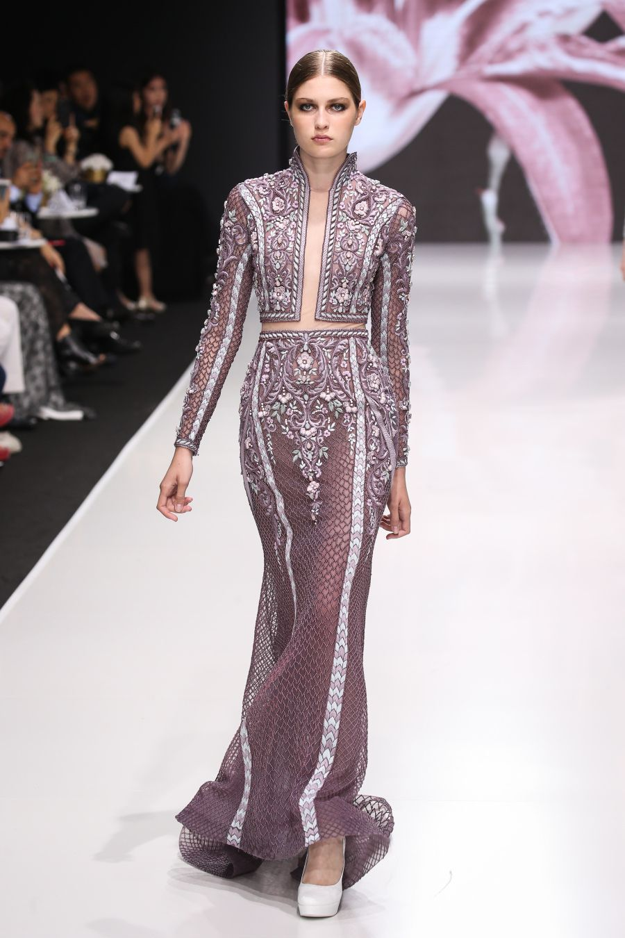 All the Looks from Haute Couture Fashion Week We Want In Our Closest ... 49ddaae866178