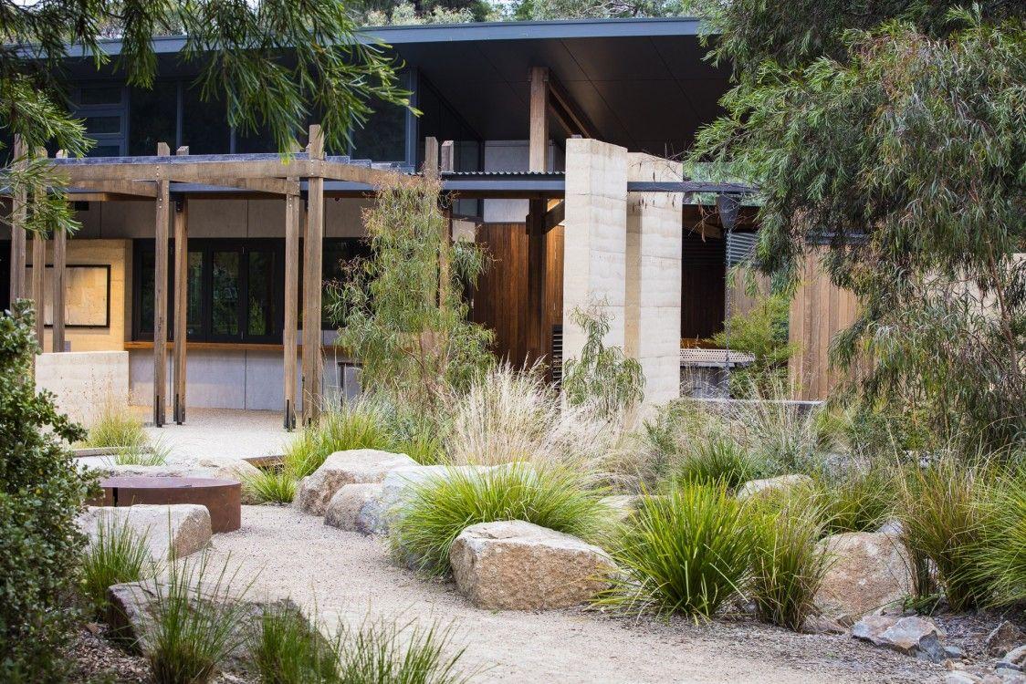 photograph portfolio of native gardens and landscapes designed and built by australian landscape