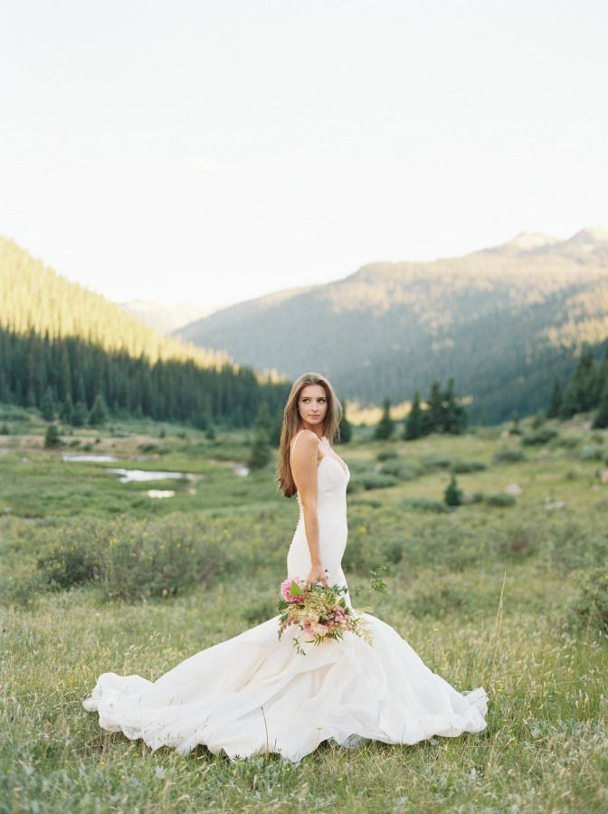 Gorgeous wedding inspiration: http://www.stylemepretty.com/colorado-weddings/aspen/2017/01/17/doing-a-bridal-session-this-slice-of-inspiration-is-a-must-see/ Photography: Kristin Sweeting - http://www.kristinsweeting.com/
