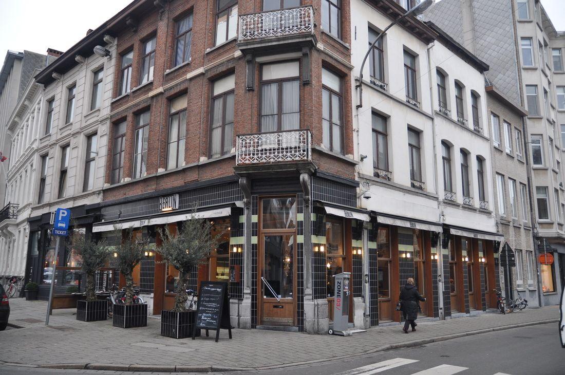 Brasserie Berlin in Antwerpen - VZW ANTWERPEN-HORECA.BE Kleine markt 1, Antwerpen