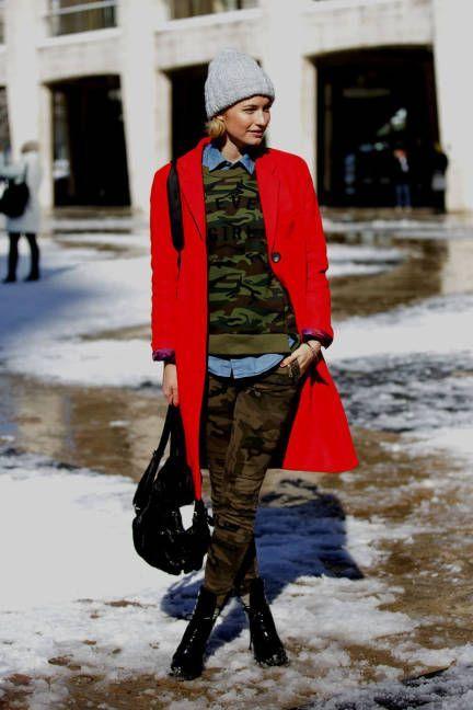 Bold x2  loving the red & camo combination #NYFW #streetstyle