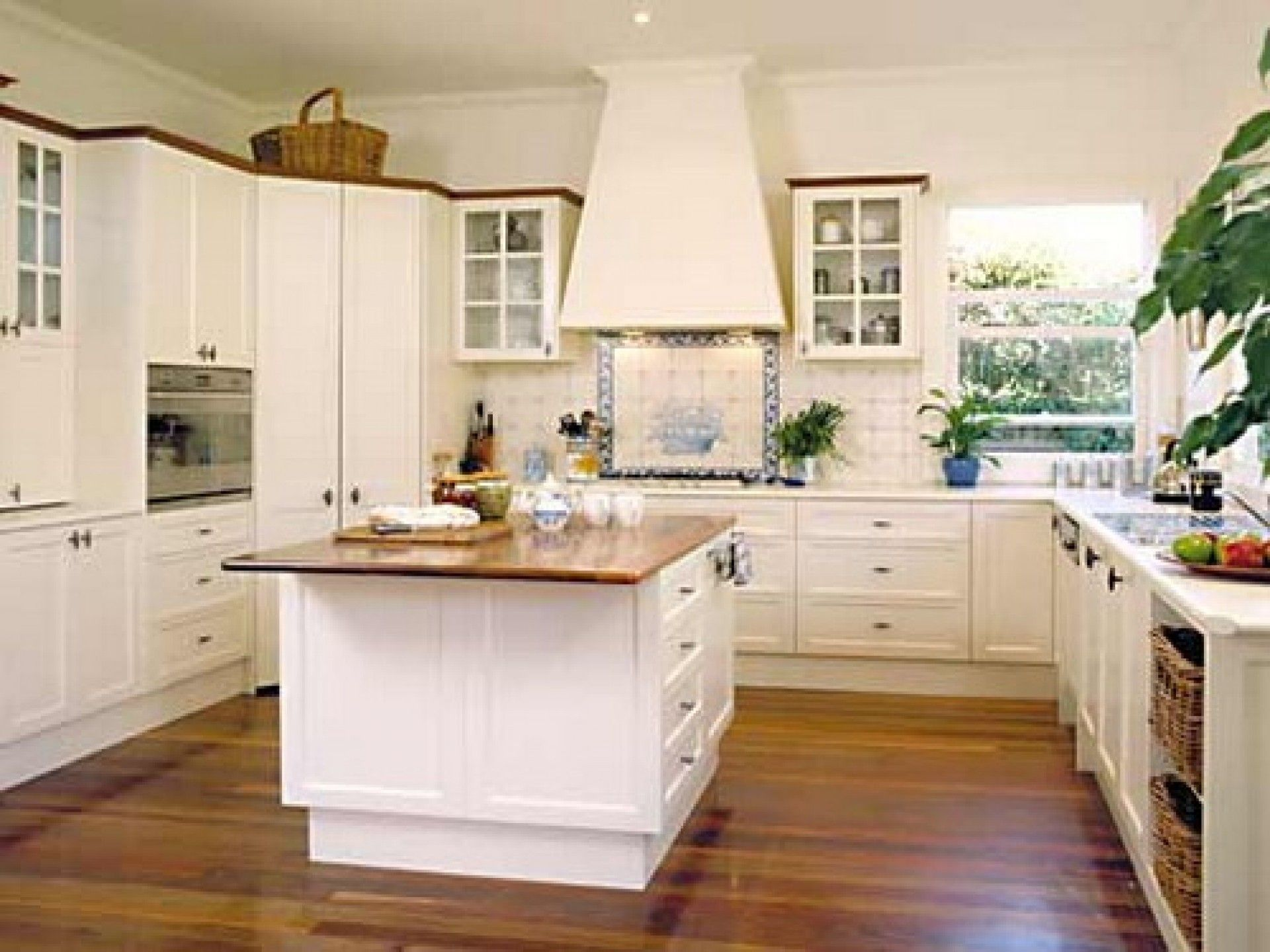 Stunning French Provincial Kitchen Design Ideas With Square Shape White Kitchen Island And White