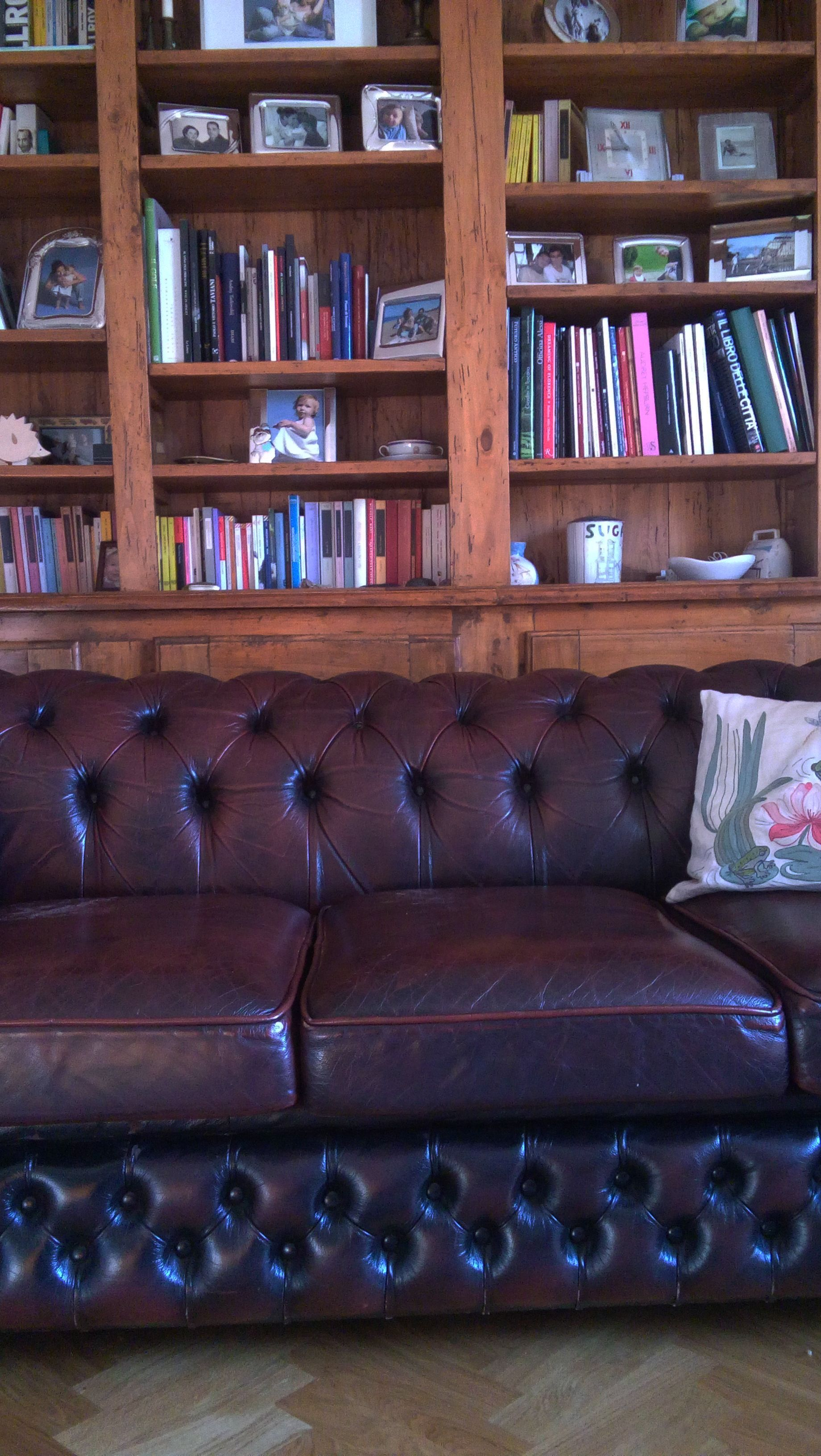 English capitonnee antique sofa_ Maria Riemma Architect