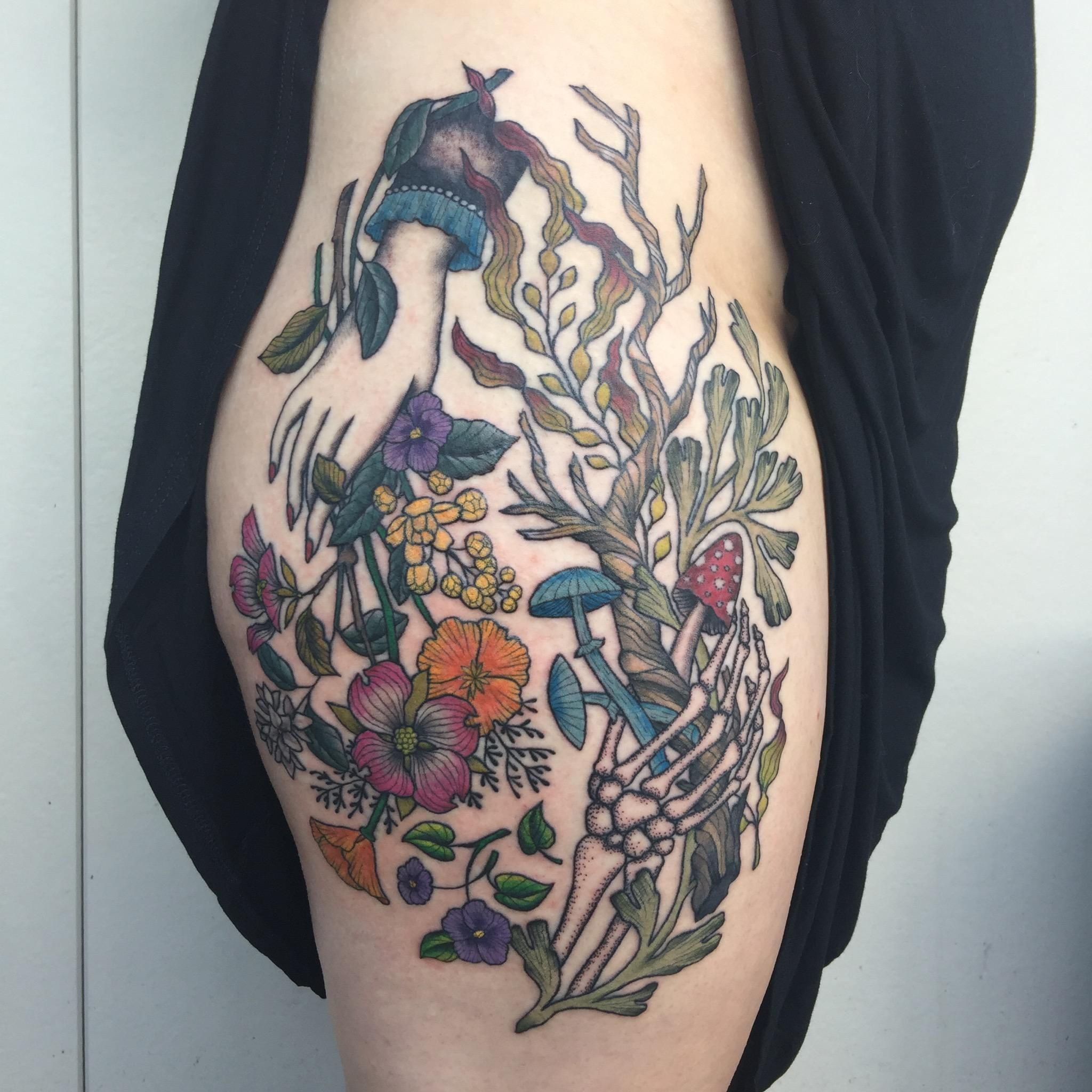 My First Tattoo By Laura Graham At Grizzly Tattoo In Portland Tattoo Tattoos First Tattoo R Tattoo