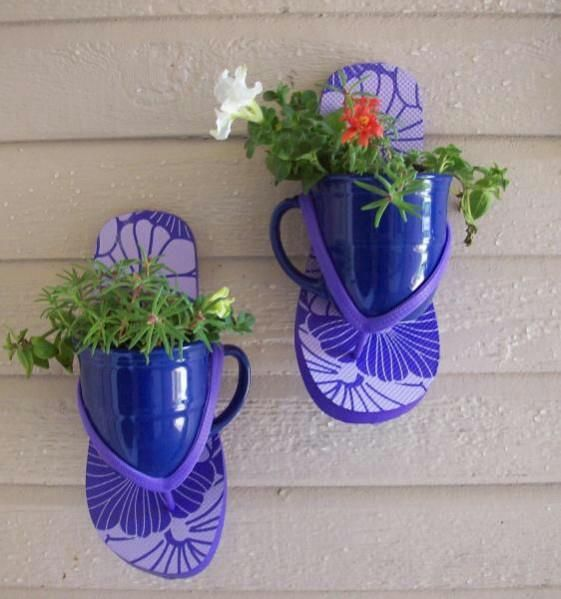 Flip flop planters - would be a fun project for the first week out of school