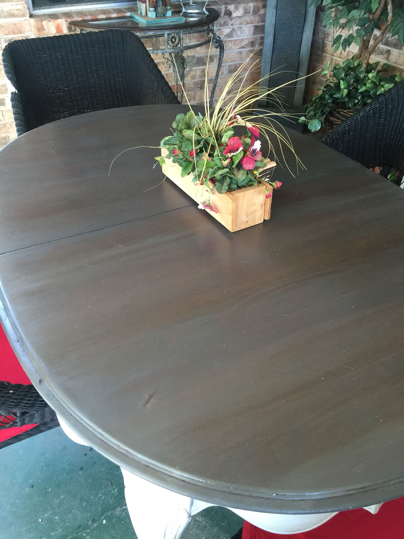 Patio Table Top Minwax Pre Stain Conditioner Followed By Layering Minwax Jacobean And Classic