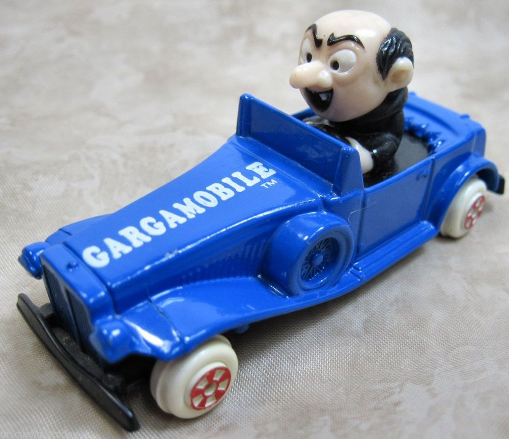 Vintage Smurf Ertl 5 Gargamobile Blue Die Cast Car With Gargamel Chiayo Snack Energy Ballcup Mix Driving 1982