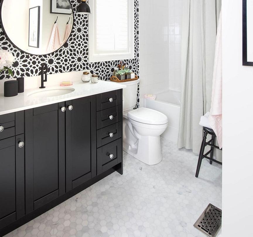 20 Gorgeous Black Vanity Ideas For A Stylishly Unique Bathroom