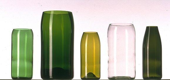 schneiden sie die weinflaschen einfach in der gew nschten. Black Bedroom Furniture Sets. Home Design Ideas