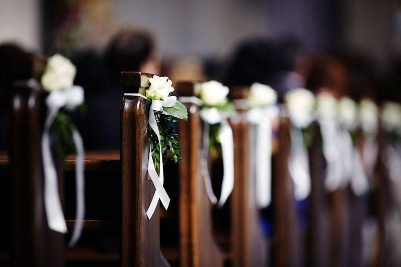 Flowers church wedding ceremony Hochzeit Blumenschmuck in der Kirche bei Trauung  Wedding