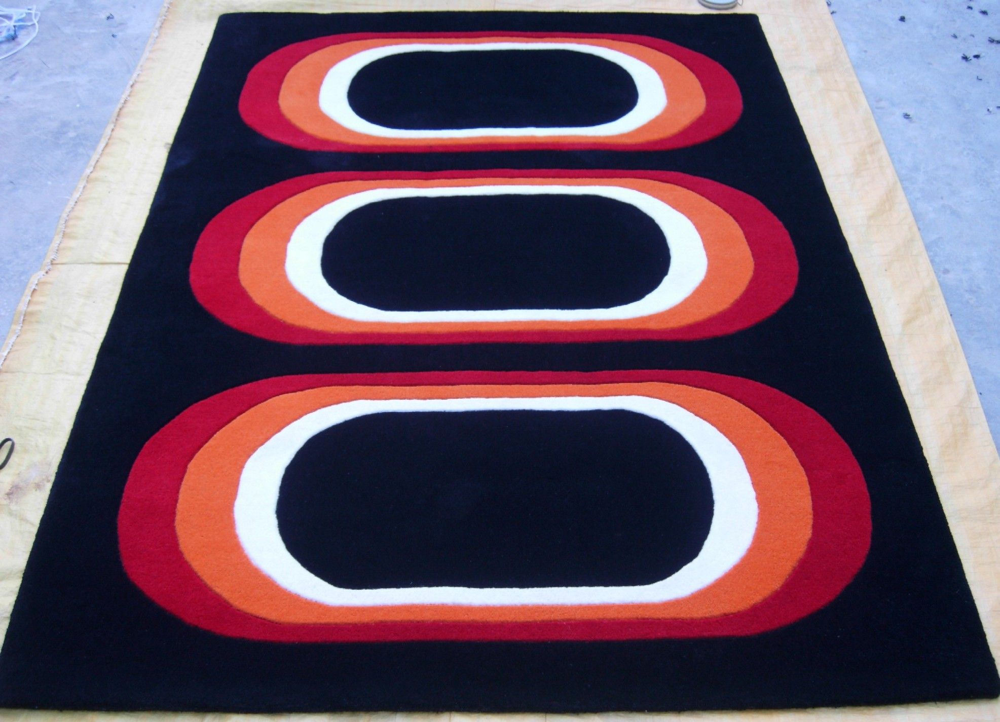 Hand Tufted 100 Wool Rug Made In India For More Details Contact