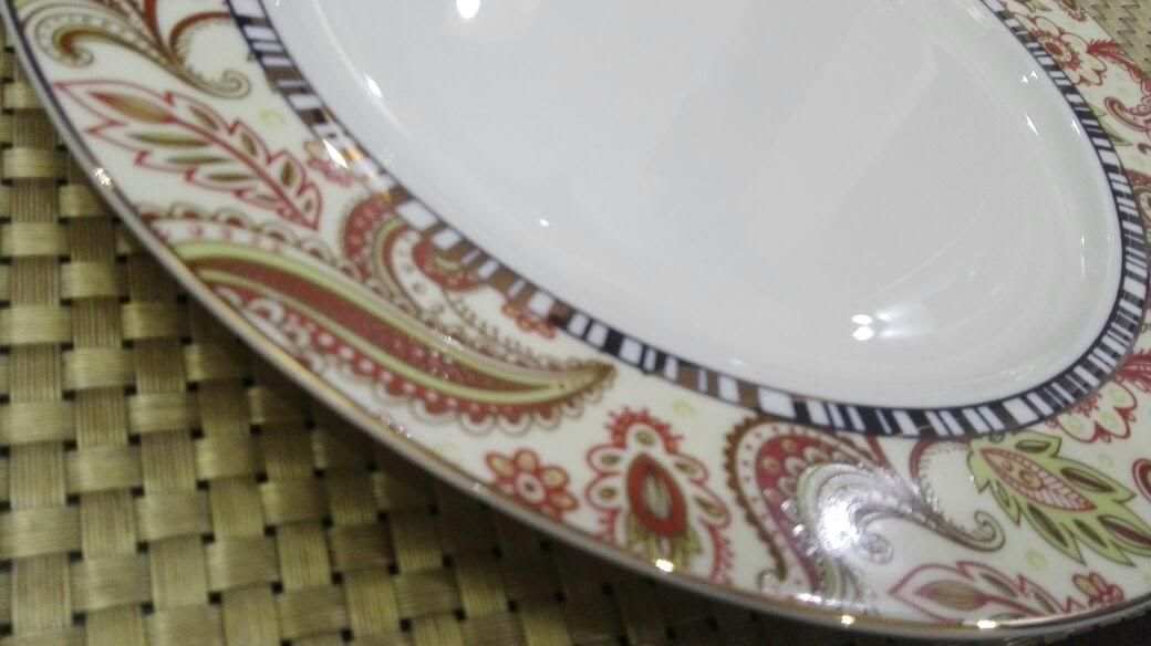 Gucci Royal Bone Dinner Set Available In 61 Pieces 08 Person Serving Sole Distributor Ms Trading Company Crocker Crockery Distribution House Dinner Sets