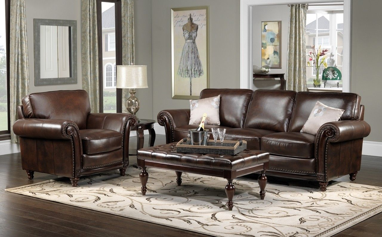 Color schemes for living rooms with brown leather for Family room leather furniture