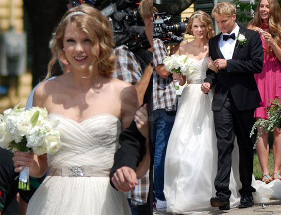 Country Singer Taylor Swift Isn T Married But She Wore Reem
