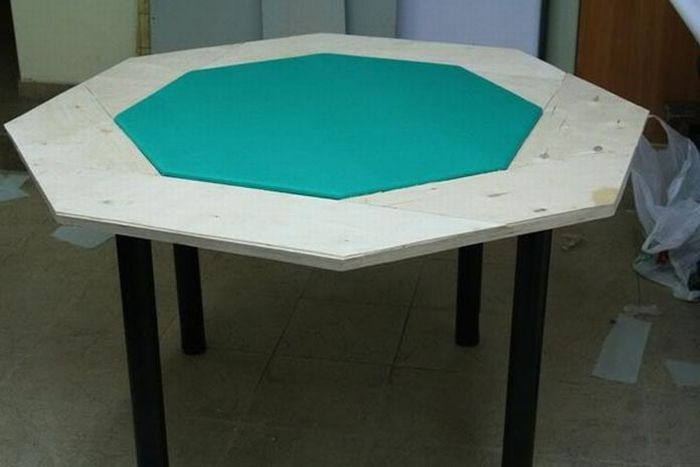 how to make a poker table woodworking in 2018 pinterest poker rh pinterest com how to make a poker table topper how to make a poker table in minecraft