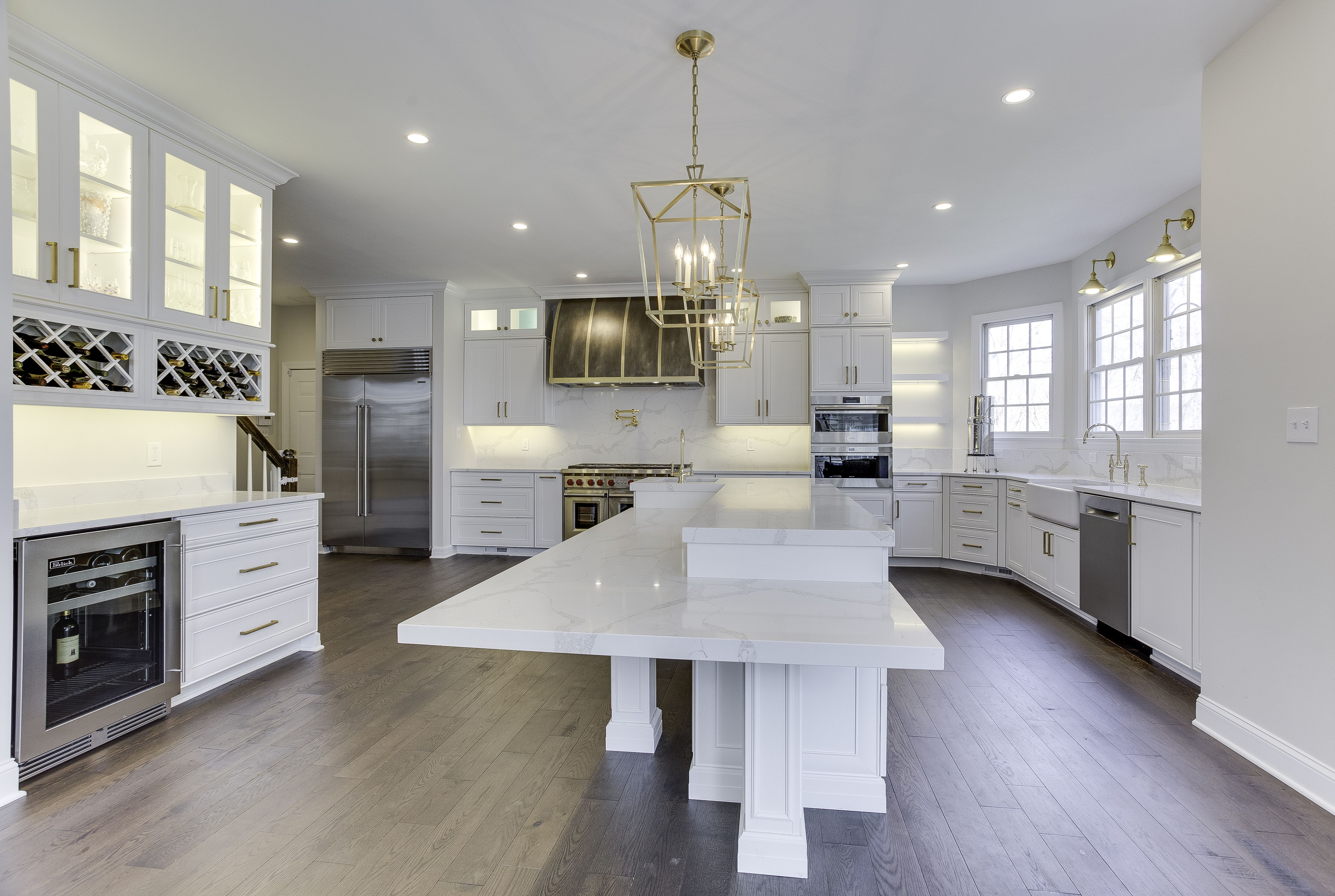 Modern Kitchen Cabinets Renovation Services In Portland