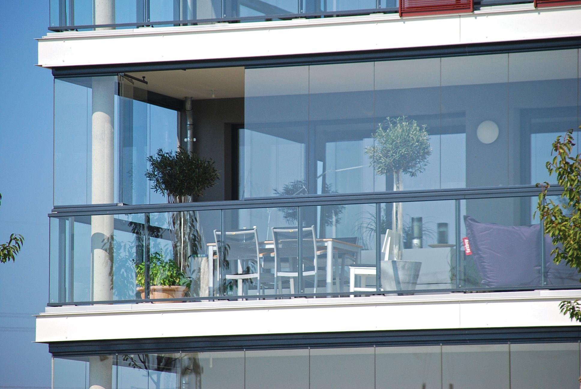 Terraza acristalada barandilla m s cortina de cristal - Cortina para terraza ...