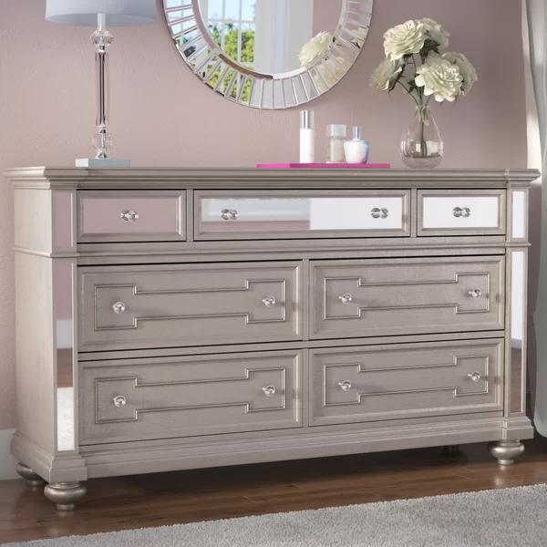 Ronna 7 Drawer Dresser in 2020 7 drawer dresser, Dresser