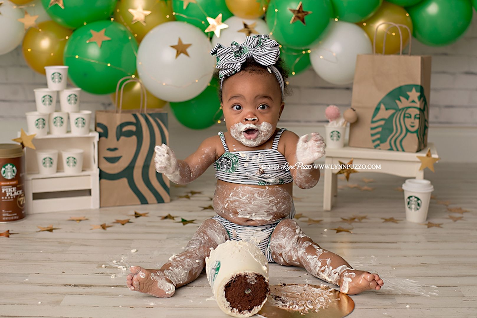 Adorable Starbucks Smash Cake Photoshoot Gives New Meaning to 'Babyccino' #starbuckscake