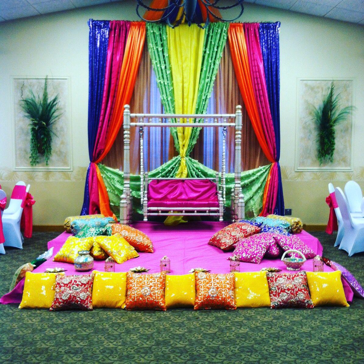 Lady Sangeet Stage Decor Buffalo Buffalo Wedding Event Decor By Gala Parties Inc Pinterest
