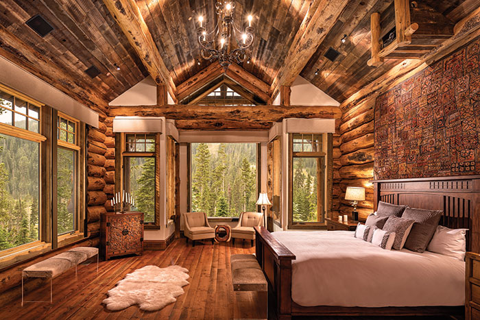 This Home Embodies Luxury in the Mountains - Mountain Living #logcabinhomes