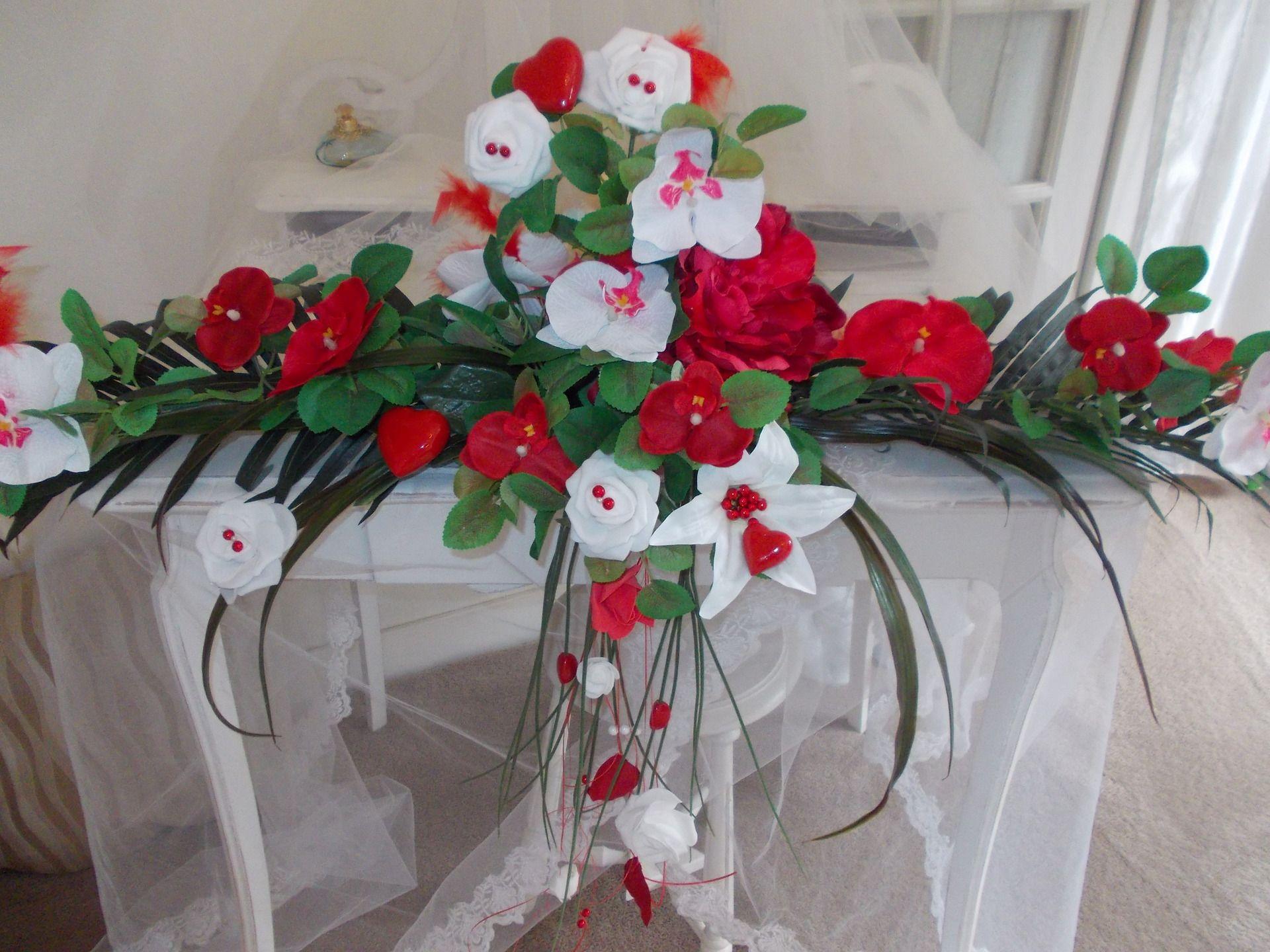 lovely centre de table mariage rouge et blancvintagefrance r. Black Bedroom Furniture Sets. Home Design Ideas