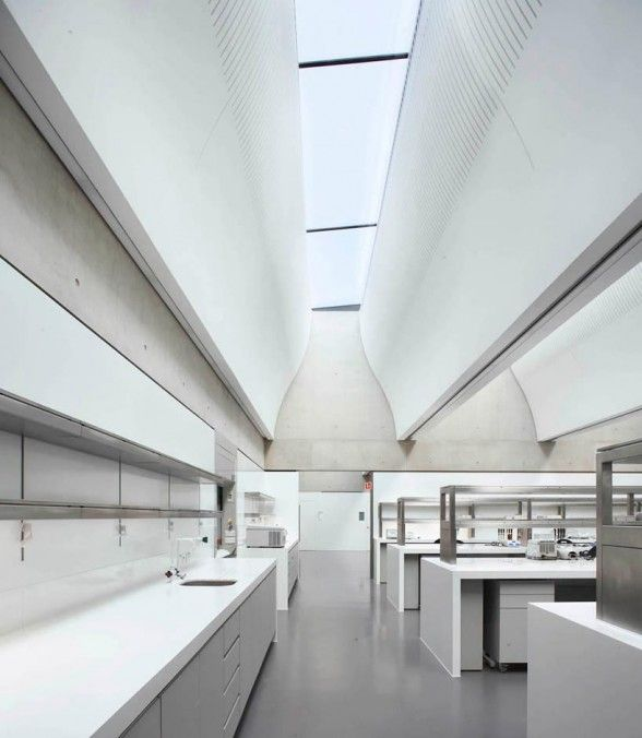 interior Sainsbury Laboratory plant science research centre ...