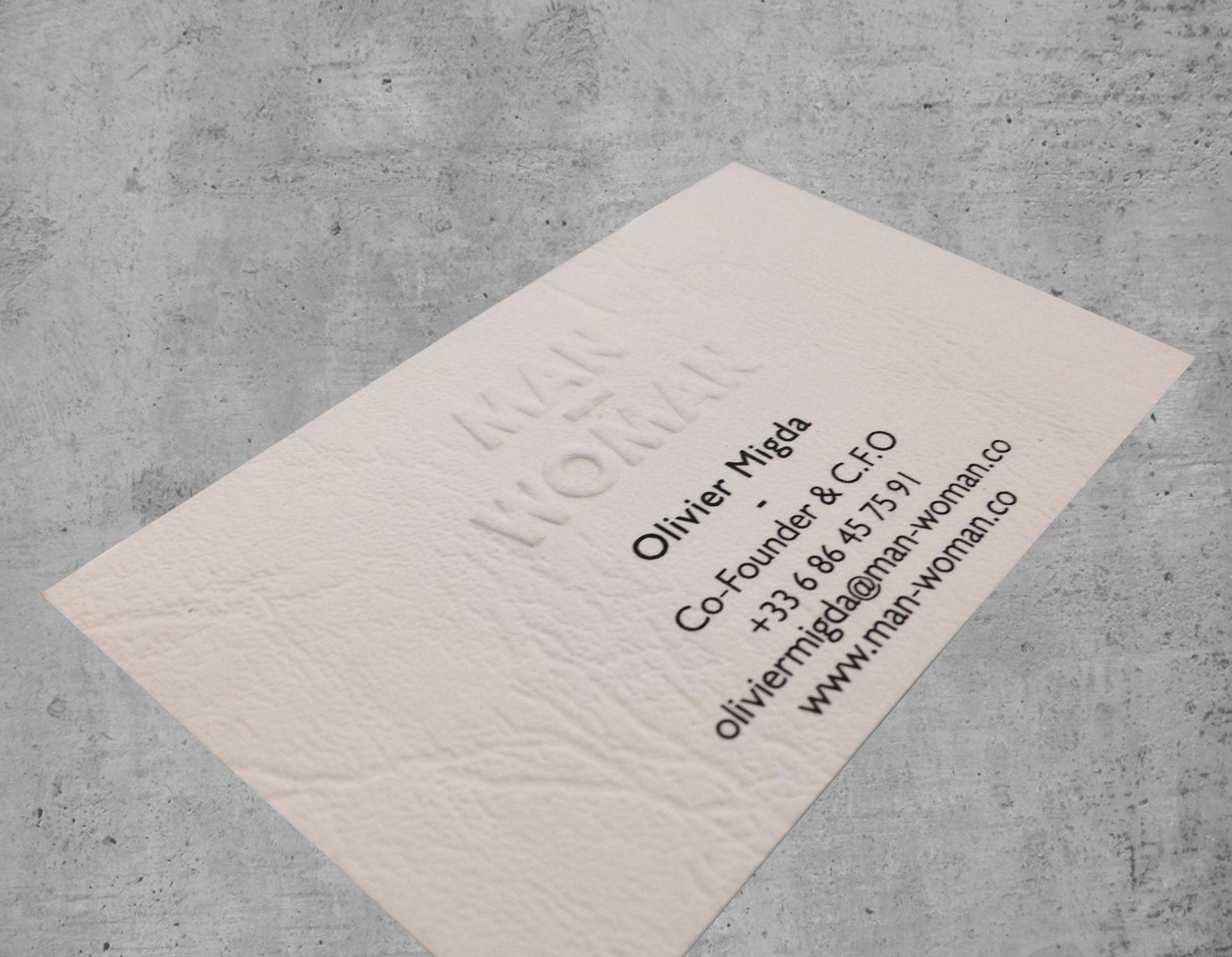 Carte De Visite Impression Noire Recto Seul Gaufrage Par Larrire Sur Papier Imitation Cuir Blanc Cass Amalgame Plusieurs Sries En Offset Pour