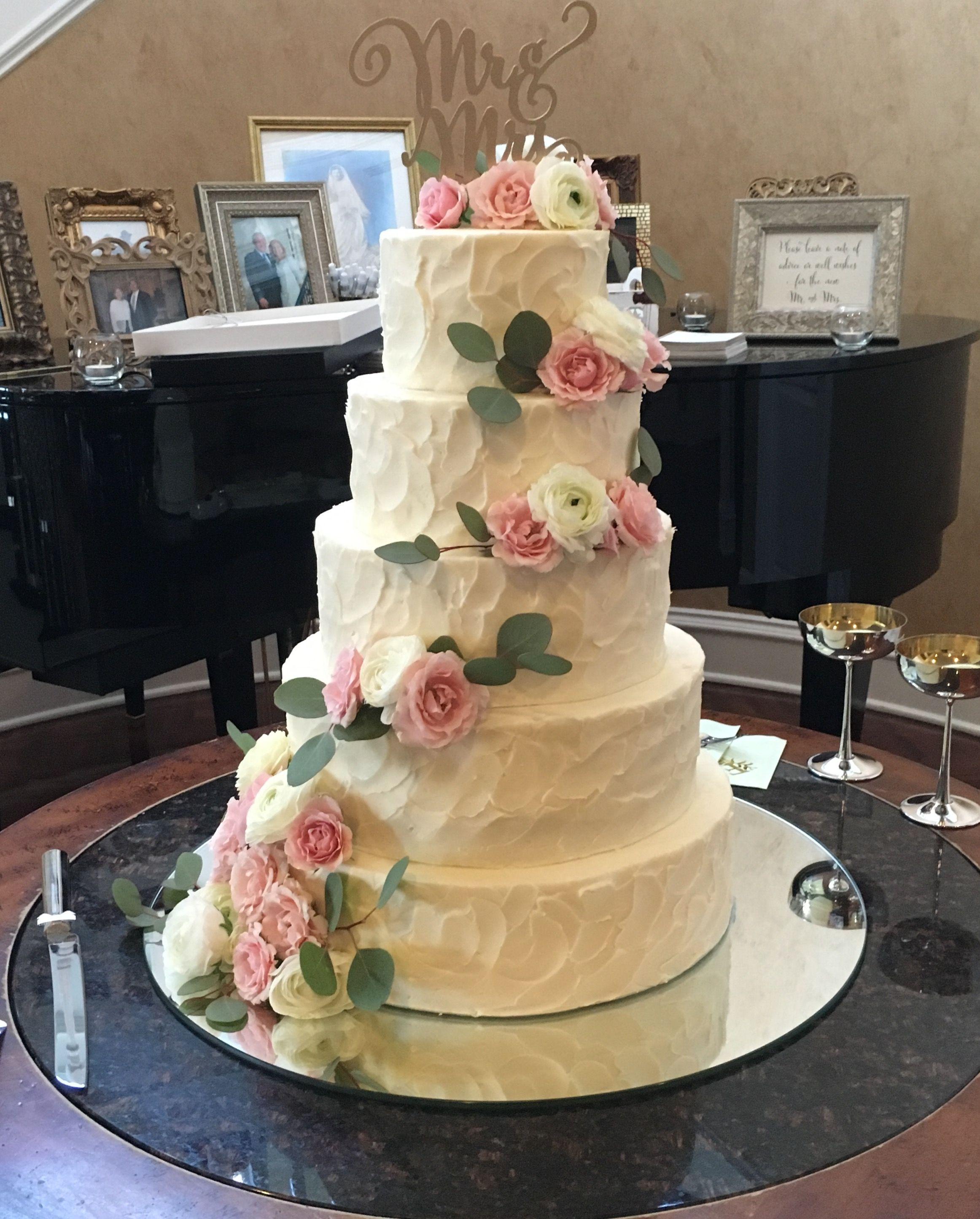Pin by Edible Art Cake Shop on Cakes Wedding Wedding
