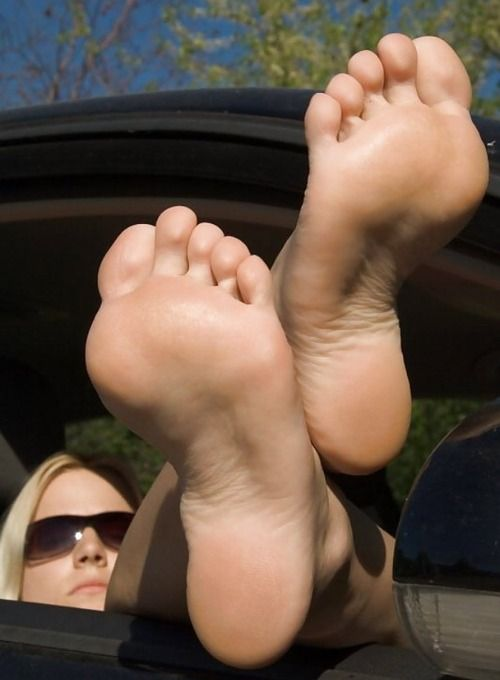 girl soles Sexy foot fetish