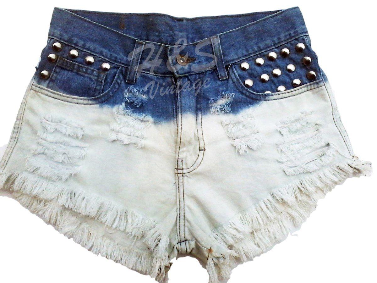 f608905f44 Short Jeans Customizado Destroyed Com Tachas - R  59