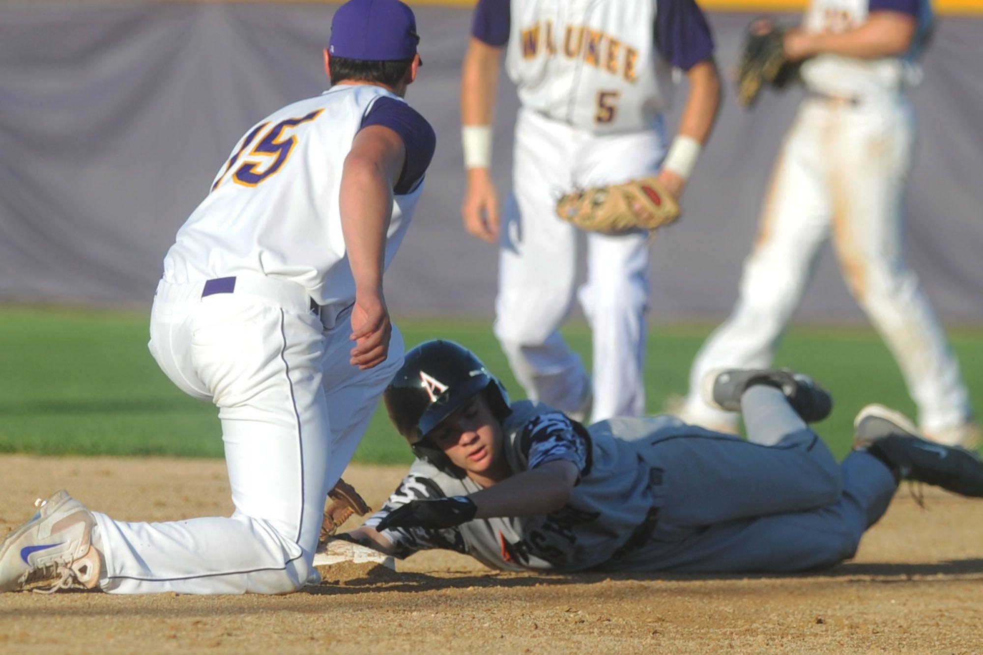 Pin By Ames Tribune On Mid Iowa Sports Sports Baseball Baseball