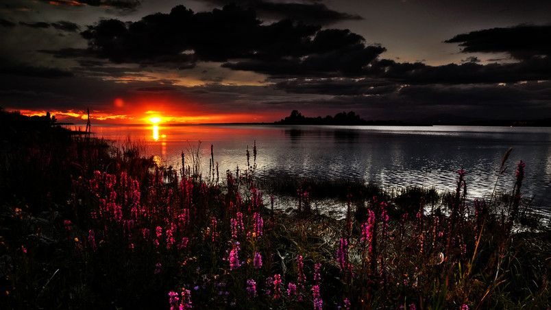 Beautiful Dark Sunset Hd Wallpaper Sunset Wallpaper Lake Sunset Sunset Views