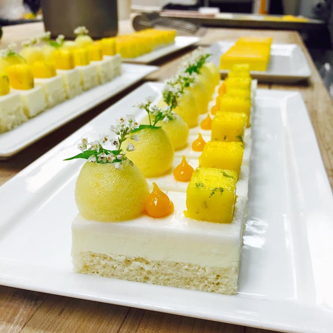 Piña Colada Cake for banquet buffet