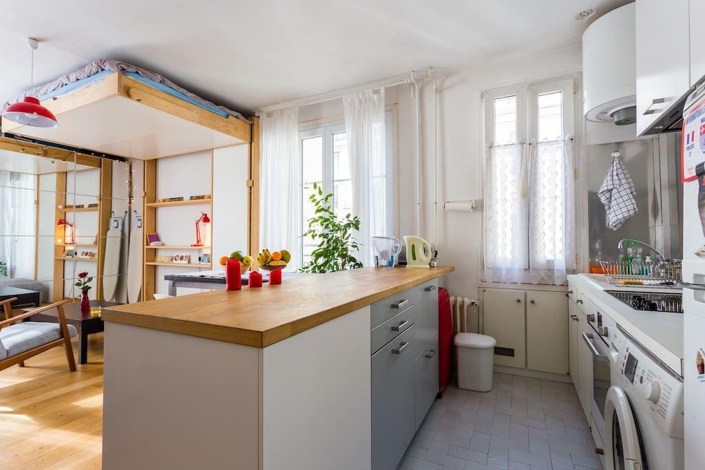 Bright studio in Montmartre, view on Sacré Cœur - Departamentos en alquiler en París