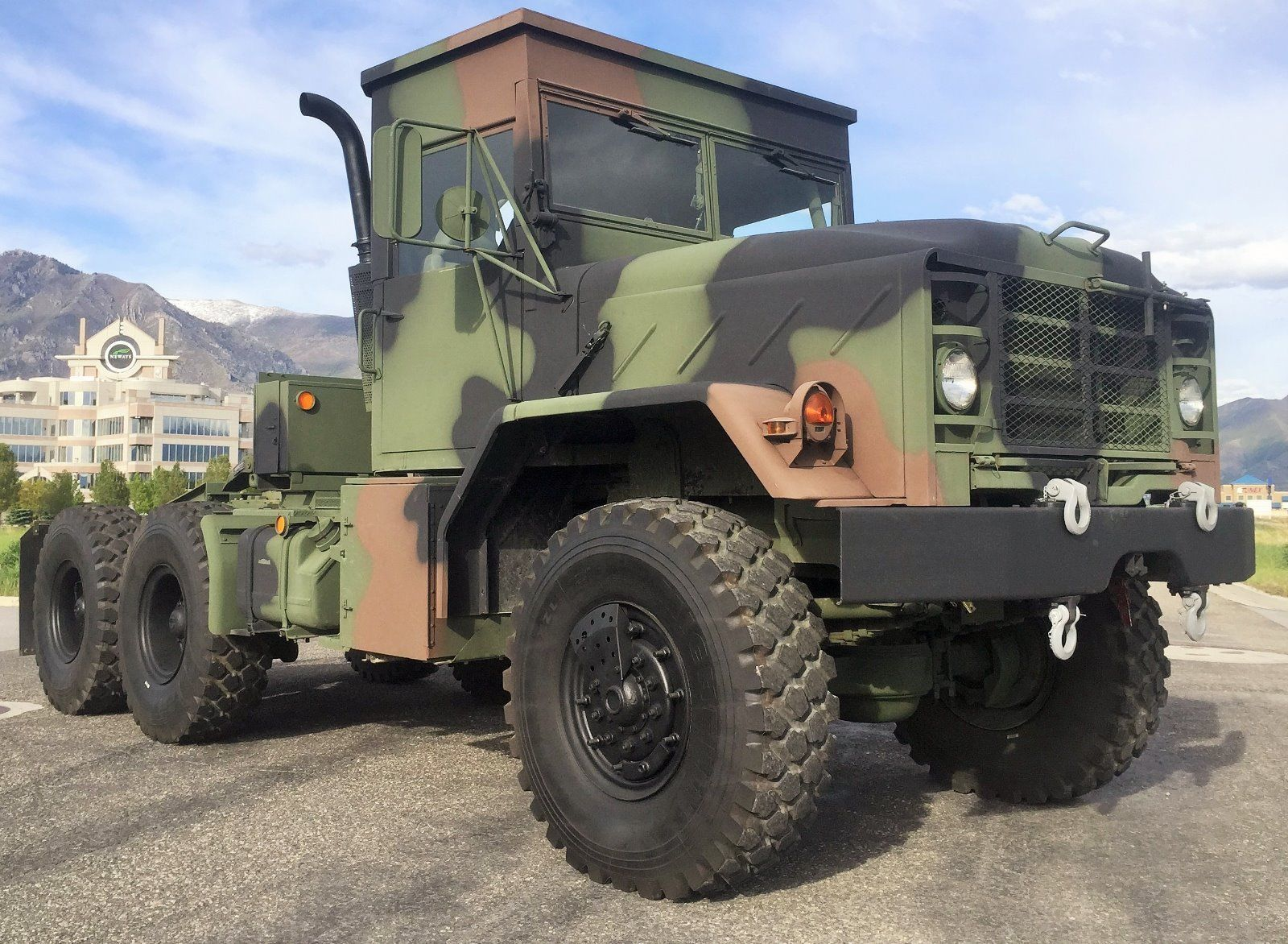 Bmy harsco military wheel truck with roll cage for sale
