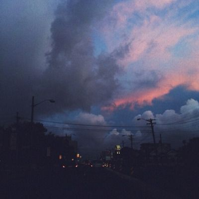 http://faeihry.tumblr.com/post/96529636577/such-pretty-skies