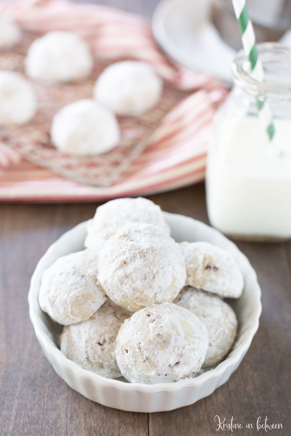 Easy Pecan Snowball Cookie