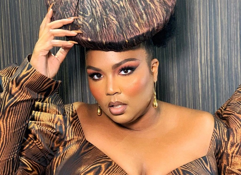 Lizzo Just Bagged A Deal With Cult Favourite Makeup Brand Urban Decay Lizzo Just Bagged A Deal With Cult Favourite Makeup Brand Urban Decay Eye Makeup eye makeup for 66 year old woman