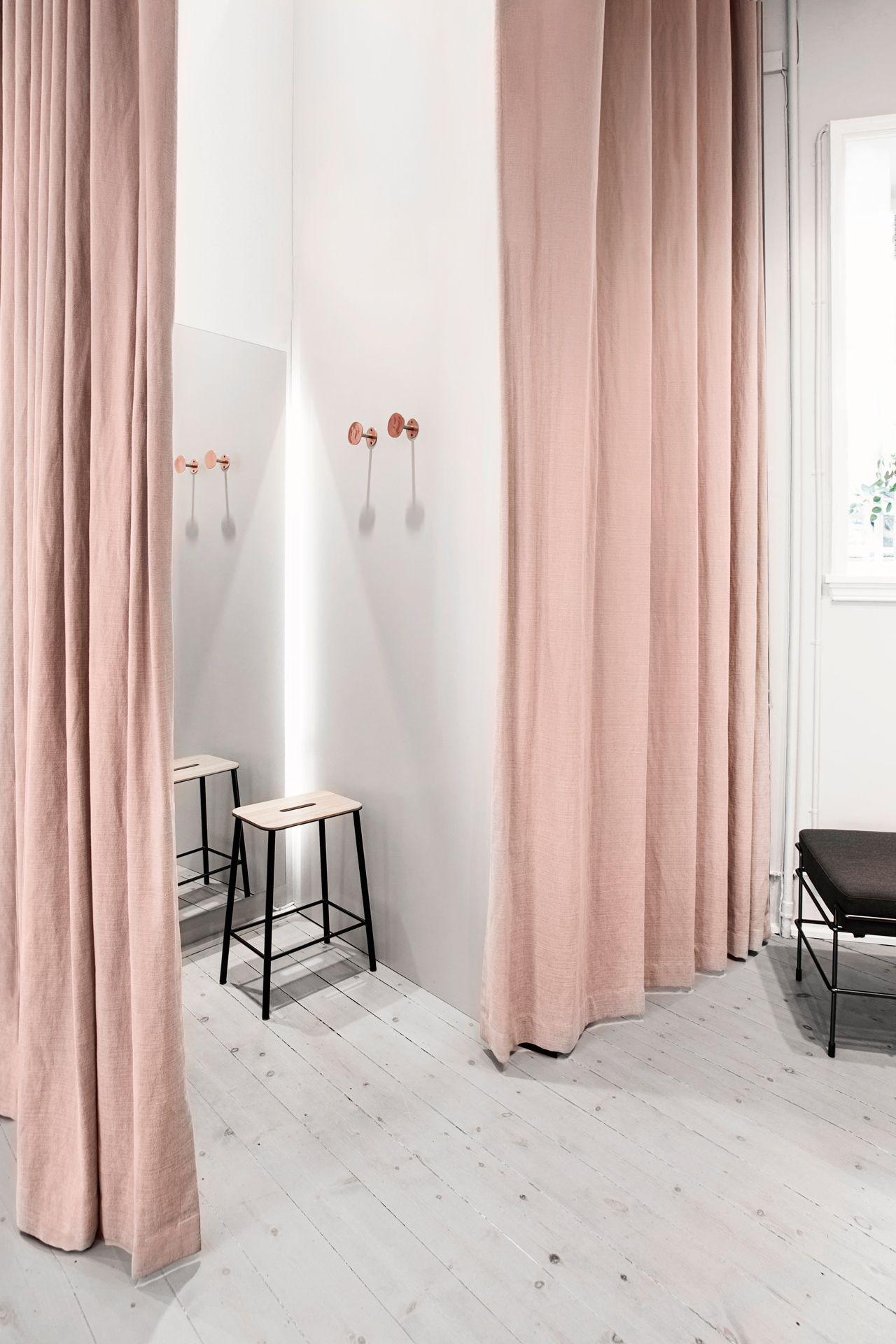 Fitting Room Designs For Retail: Pink Long Curtains Accessories For Your Home
