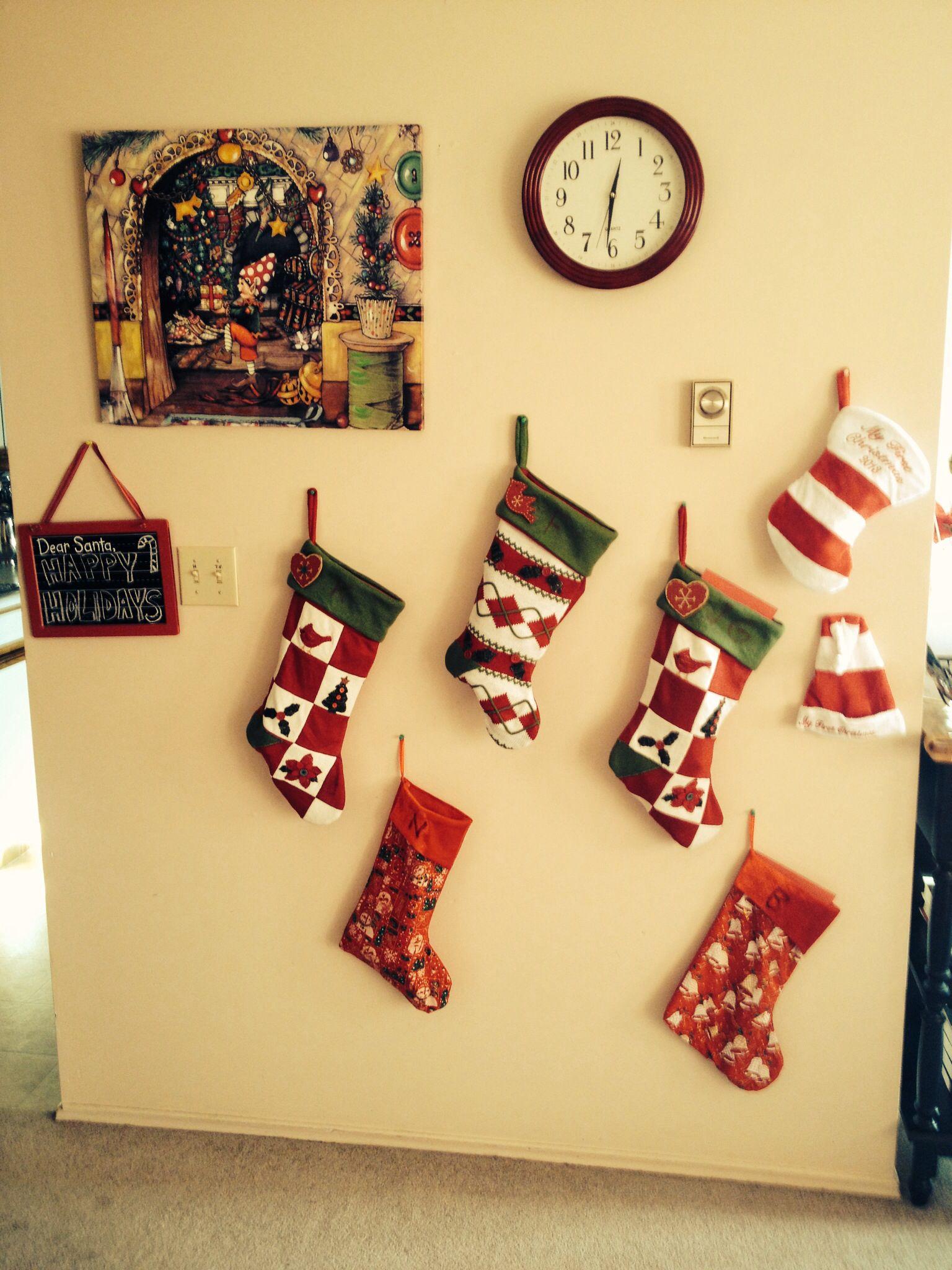 My red xmas wall | Christmas | Pinterest | Xmas