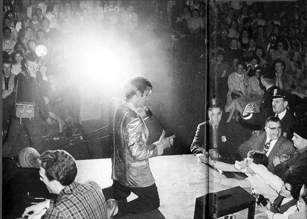 Photos  of Elvis Presley on Pinterst   Elvis Presley   Elvis