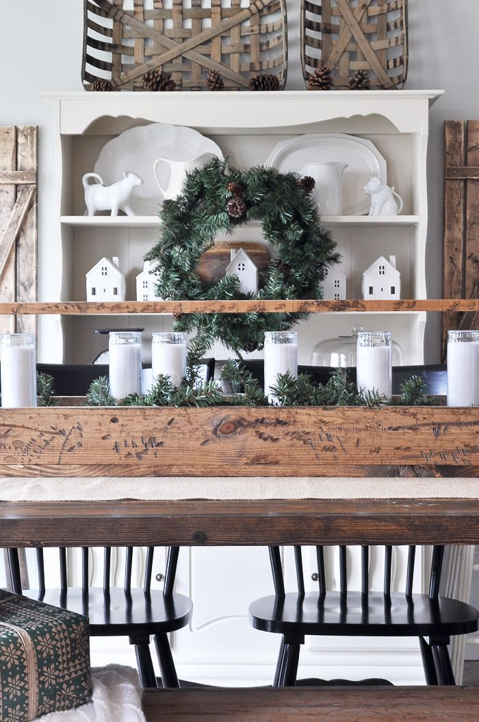 Simple Christmas Dining Room Christmas Dining Room Decor Christmas Dining Room Christmas Decorations Rustic