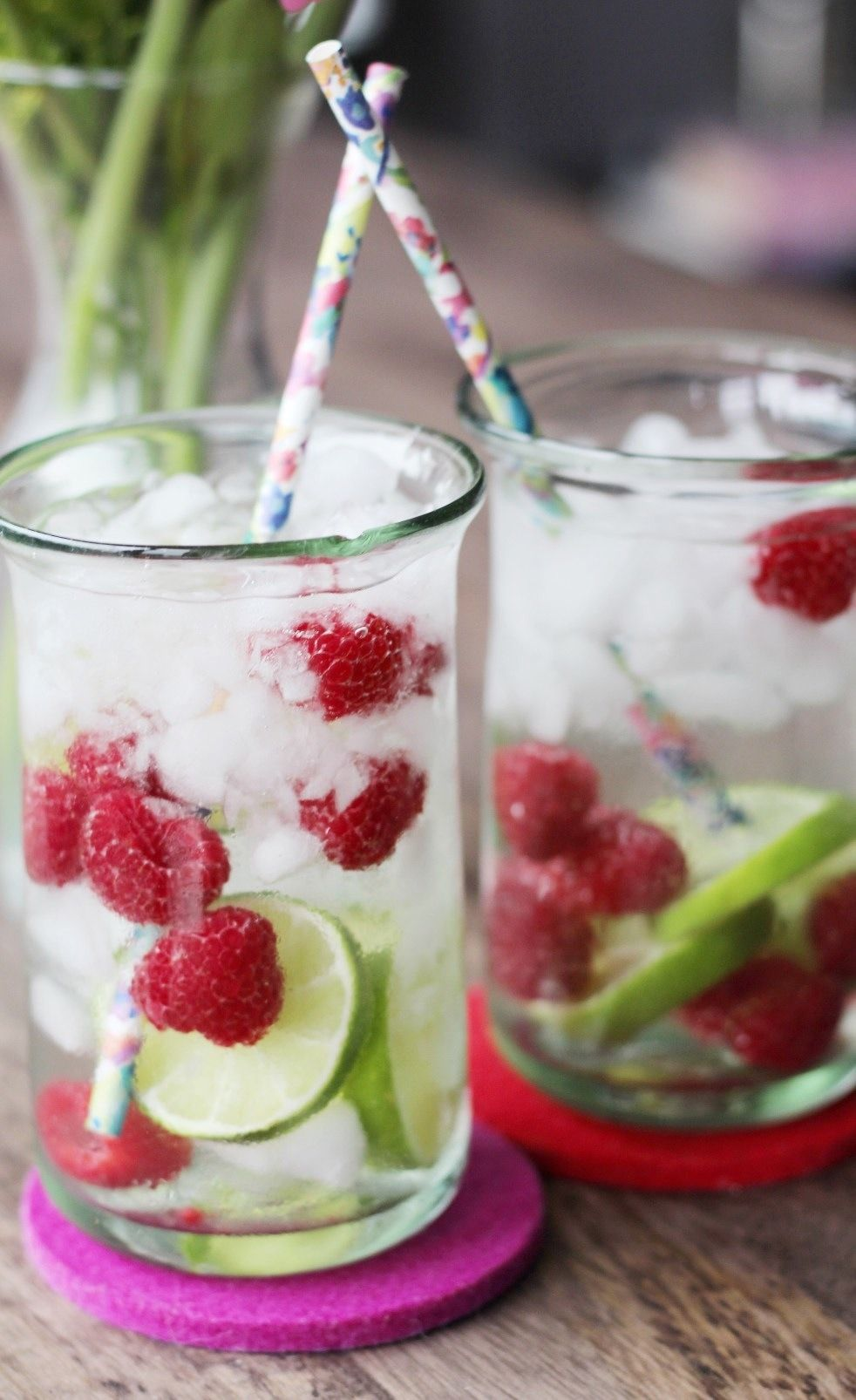 17 Fruit Infused Waters To Replace Your Daily Soda Habit With - Soda Wasser