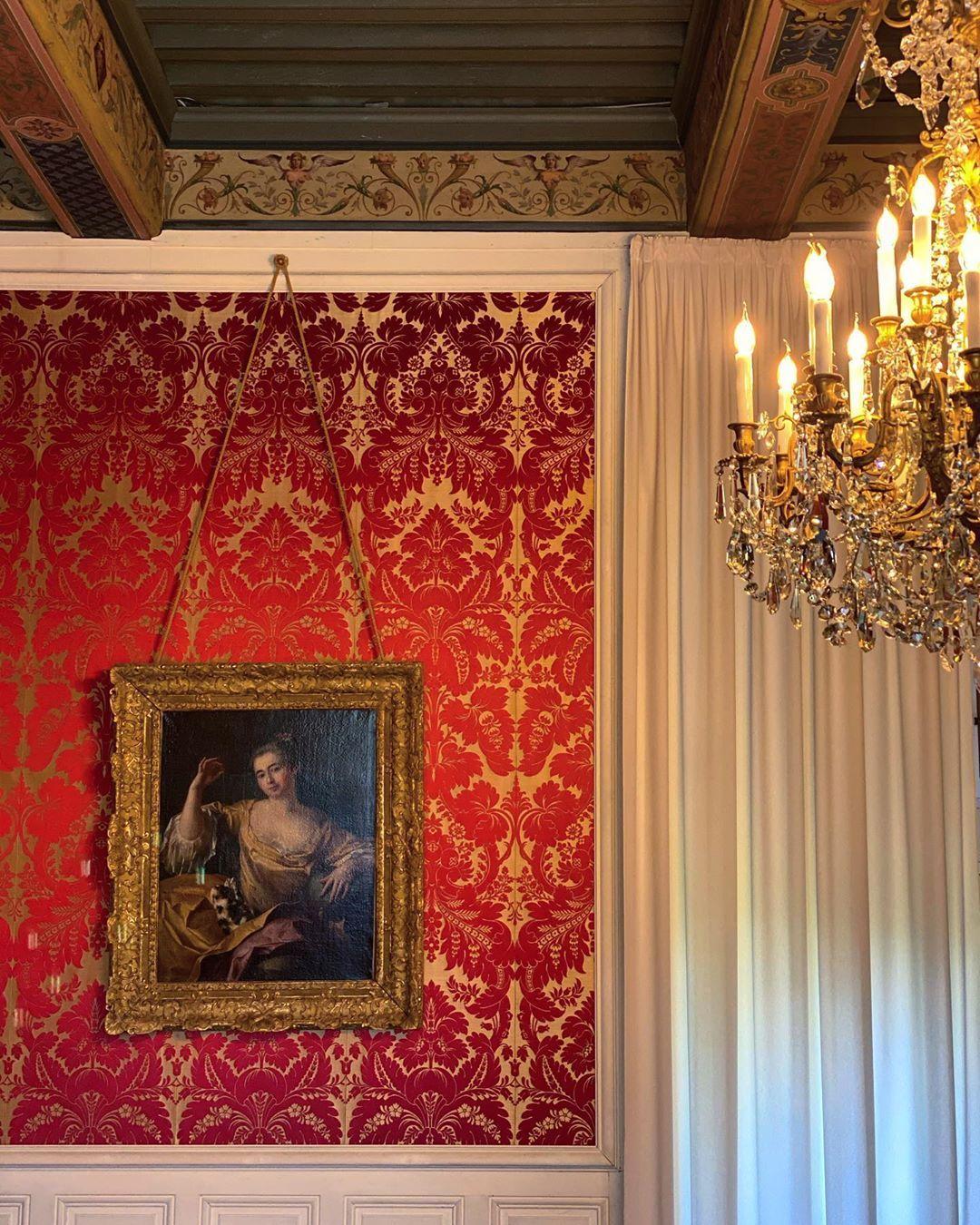 "⚜️HistoryAndHeritage⚜️ on Instagram: ""Château de Grignan #interior #interiordesign #interiordecor #interiordecoration #interiorarchitecture #decoration #decorationinterieur…"""